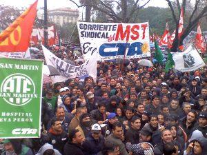 Movilizacion-y-paro-CTA-a-la-Gobernacion-04-07-2012