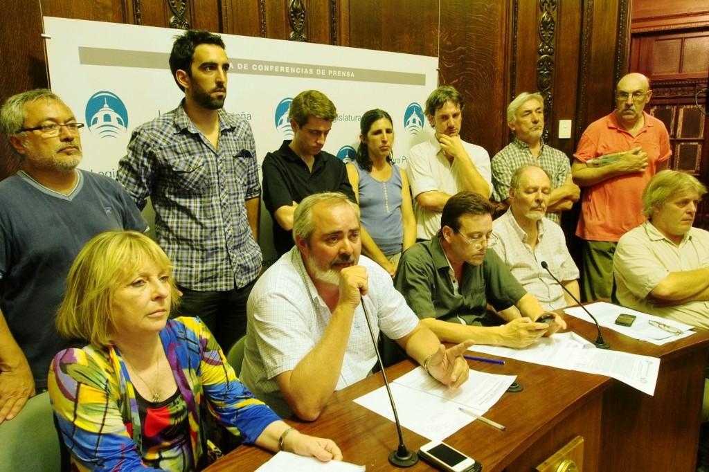 conf prensa 5 diputados